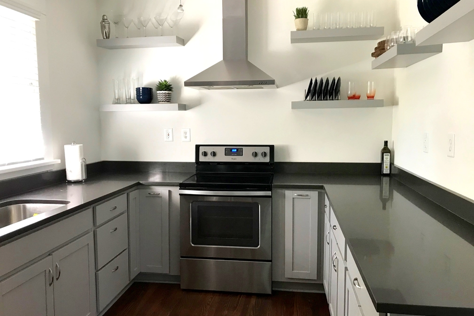Kitchen - Newer Appliances