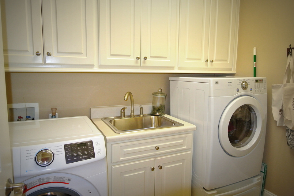 Laundry Room - with Sink