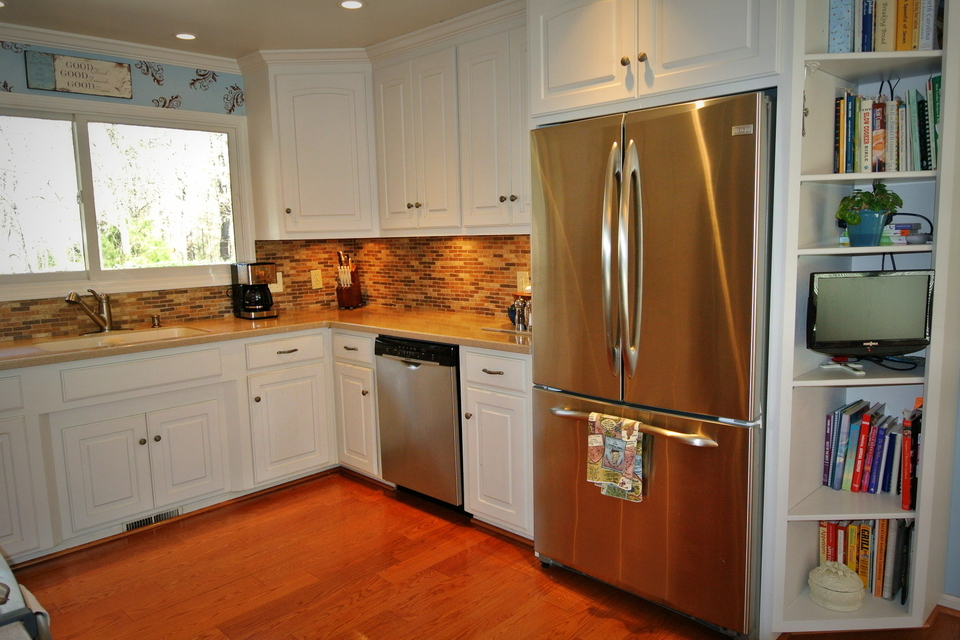 Kitchen - Stainless Steel Refrigerator and Dishwasher
